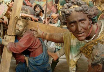 Da una cappella del Sacro Monte di Varallo (Foto dal web)
