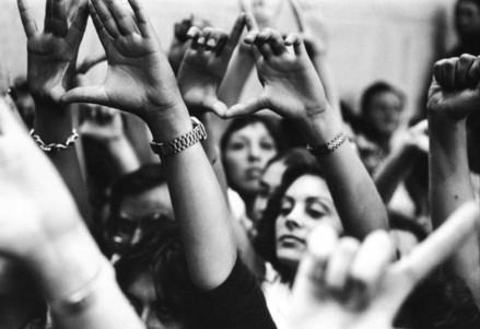 Manifestazione femminista negli anni 70 (Immagine d'archivio)