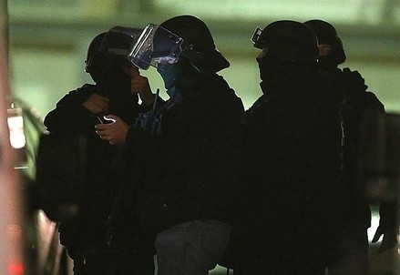 Corpi speciali della polizia francese (Immagine dal web)