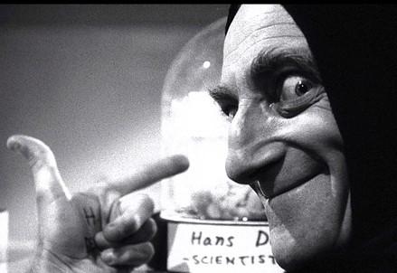 L'indimenticabile Marty Feldman. Confusione sui fini? (Immagine d'archivio)
