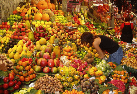 5.5 million tons of food is wasted every year in Italy
