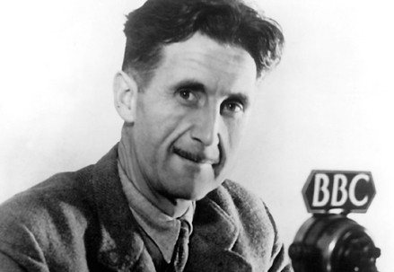 George Orwell (1903-1950) (Immagine d'archivio)