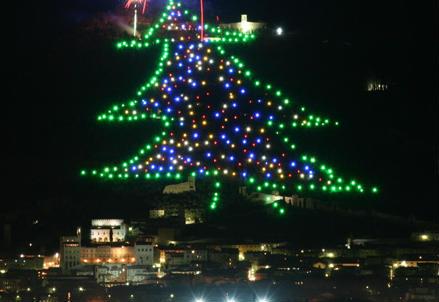 L'albero di Natale a Gubbio
