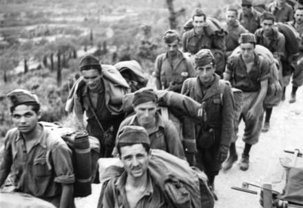 Reparti dell'esercito italiano prigioniero a Corfù (Immagine d'archivio)