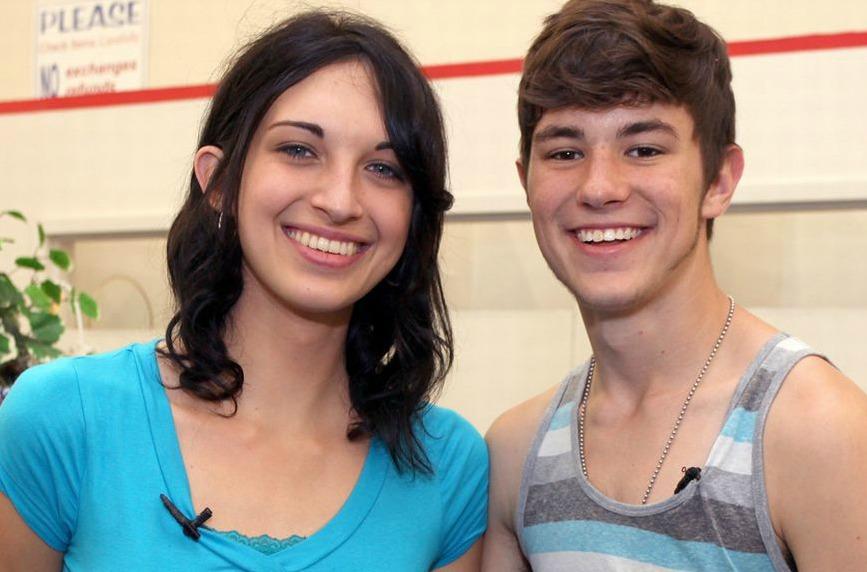 Katie e Arin