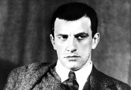 Vladimir Vladimirovic Majakovskij (1893-1930) (Immagine dal web)