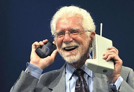 Martin Cooper all'evento per i 40 anni della prima telefonata con il suo prototipo di telefono cellulare