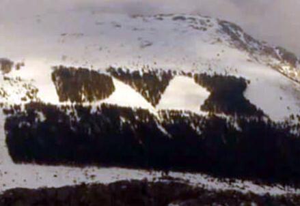 Monte Giano, la scritta naturale 'Dux'