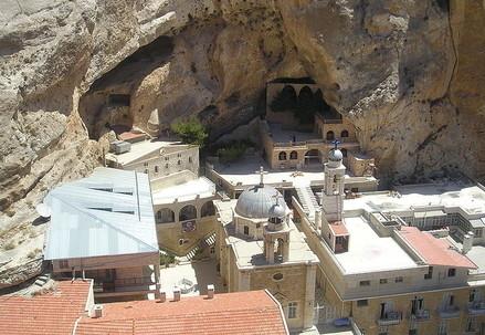 Siria, il convento di Santa Tecla a Maalula (Wikipedia)