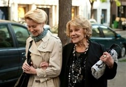 A LADY IN PARIS/ Un film su un rapporto che cambia la vita quotidiana