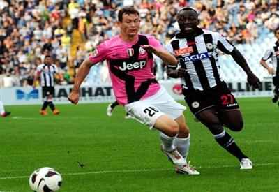 Calciomercato Juventus Torna Di Moda Armero