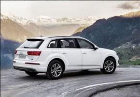 Audi Q7 / Le caratteristiche: La sfida hi-tech alle leader di settore Bmw X5 e Mercedes GLE