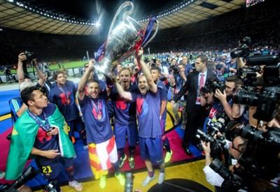 Il Barcellona festeggia la Champions League 2015 vinta a Berlino (Infophoto)