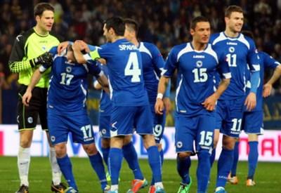 La Bosnia festeggia un gol durante le qualificazioni
