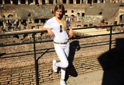 Genie Bouchard, 21 anni, al Colosseo (dall'account facebook.com/GenieBouchard)