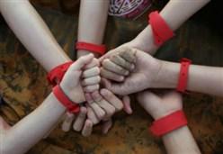 BRACCIALETTI ROSSI/ La filovia dove i malati condividono la speranza