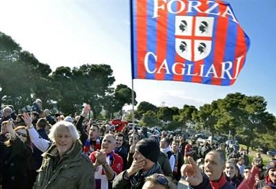 Tifosi del Cagliari (Infophoto)