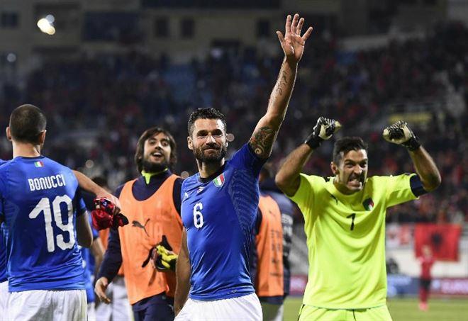 Per Gigi Buffon c'è ancora futuro in Nazionale? (foto LaPresse)