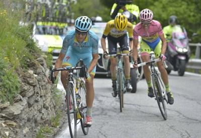 Un'immagine della tappa di ieri (da Facebook Giro d'Italia)