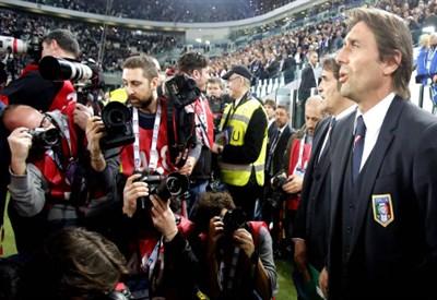 Il ritorno di Antonio Conte allo Juventus Stadium (Infophoto)