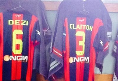 Dall'account ufficiale facebook.com/F.C.Crotone