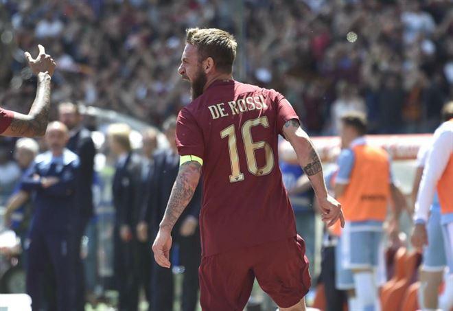 Daniele De Rossi: indosserà la nuova maglia della Roma? (Foto LaPresse)
