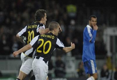 Un'immagine di Chelsea-Juventus di tre anni fa (Infophoto)