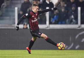 VIDEO/ Milan-Fiorentina (2-1): highlights e gol della partita. Deulofeu: Bacca? ha fatto un grandissimo lavoro (Serie A 2016-2017, 25^ giornata)