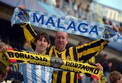 Tifosi di Dortmund e Malaga alla Rosaleda (Infophoto)