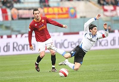 Un'immagine dall'ultimo precedente in Serie A, stagione 2007-2008 (Infophoto)