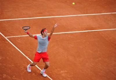 Roger Federer affronta oggi Dmitry Tursunov