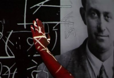 """Una sequenza della mostra """"Enrico Fermi, una duplice genialità tra teorie ed esperimenti"""""""