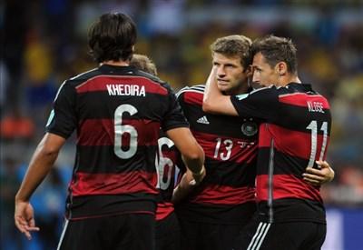 L'esultanza della Germania: qui, ne avevano fatto solo uno... (Infophoto)