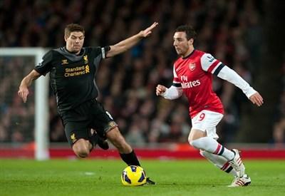 Steven Gerrard in azione (Infophoto)