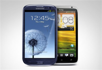 HTC One e Samsung Galaxy S4