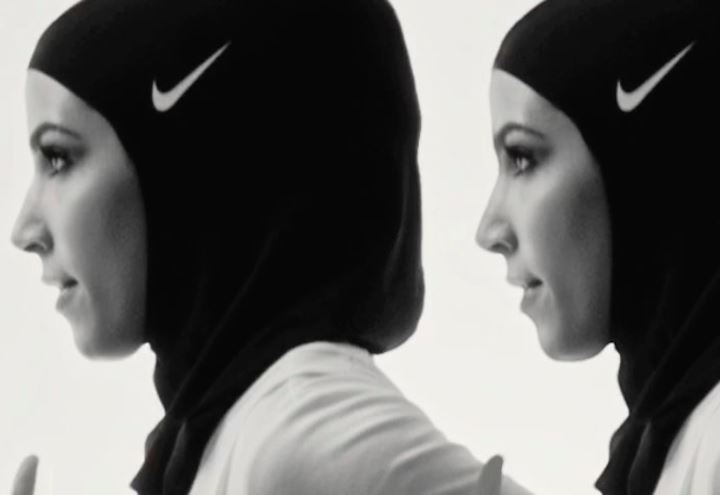 Hijab della nike arriva il velo griffato per le atlete - Perche le donne musulmane portano il velo ...