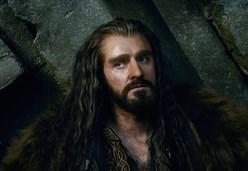 Lo Hobbit - La battaglia delle cinque armate/ Il film sul doppio pericolo che minaccia ogni ...