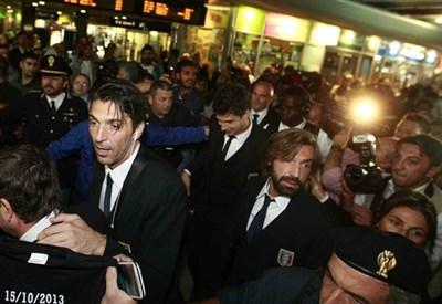 L'Italia è arrivata ieri a Napoli (Infophoto)