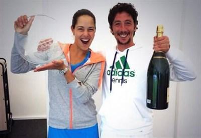 Ana Ivanovic e Nemanja Kontic festeggiano il titolo di Birmingham lo scorso giugno