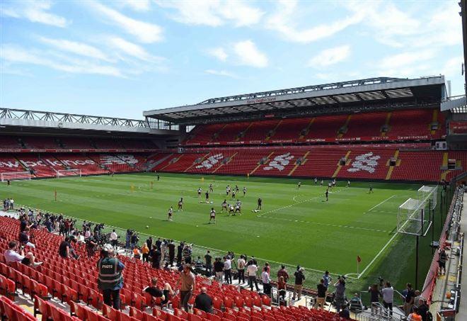 Allenamento calcio Liverpool nazionali