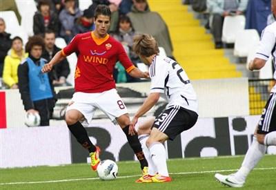 Un'immagine dall'ultimo precedente in Serie A (Foto Infophoto)