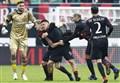 Video/ Milan-Crotone (2-1): highlights e gol della partita. Lapadula: il gol? è per la Chapecoense (Serie A 2016-2017, 15^ giornata)