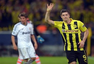 Robert Lewandowski, attaccante del Borussia Dortmund (Infophoto)