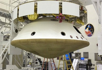 Curiosity's aeroshell and landing gear being assembled  (NASA)
