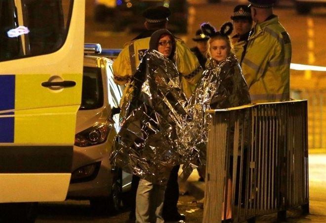 Attentato a Manchester: senzatetto salva i ragazzi feriti