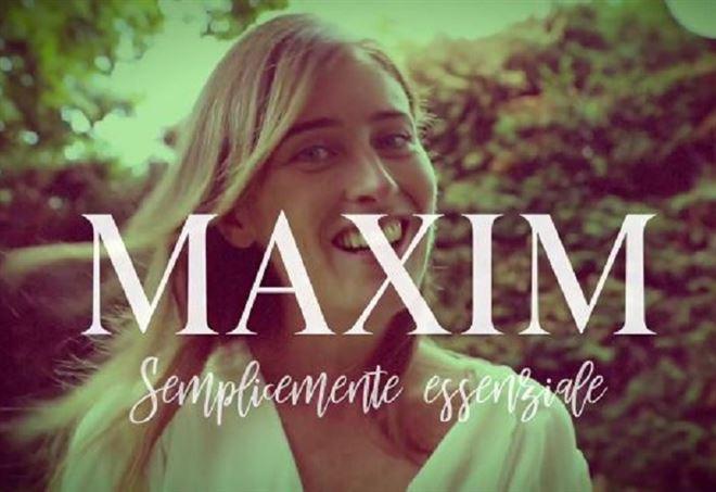 Risultati immagini per Maria Elena Boschi su Maxim FOTO