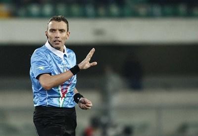 L'arbitro Paolo Silvio Mazzoleni (Infophoto)