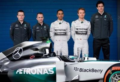 DIRETTA / Formula 1 F1 qualifiche e griglia di partenza live: Rosberg ancora pole position! (GP Abu Dhabi 2015, orari tv, oggi 28 novembre)