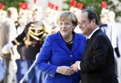 Angela Merkel e François Hollande (LaPresse)