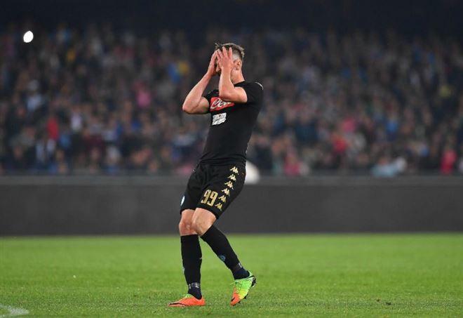 Reina addio al Napoli lo vogliono Manchester City e Newcastle
